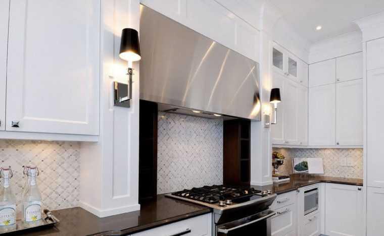 Настенные бра в интерьере кухни