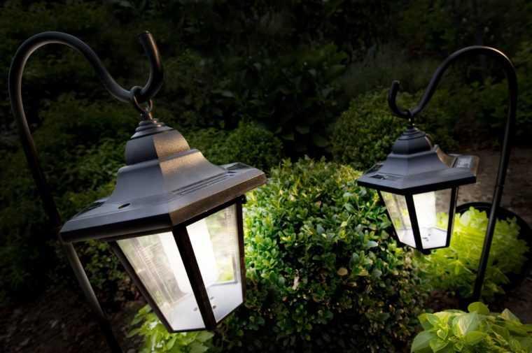 Грунтовые подвесные светильники для сада