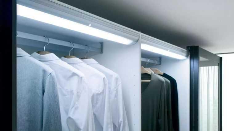 Освещение гардеробной с помощью светодиодов
