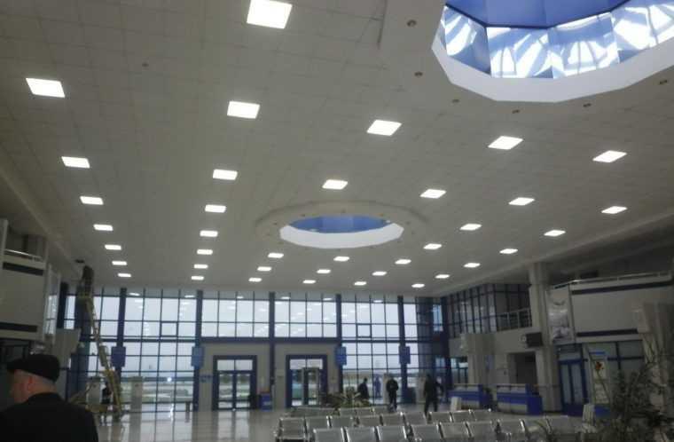 Светодиодные светильники Армстронг отлично подходят для больших пространств