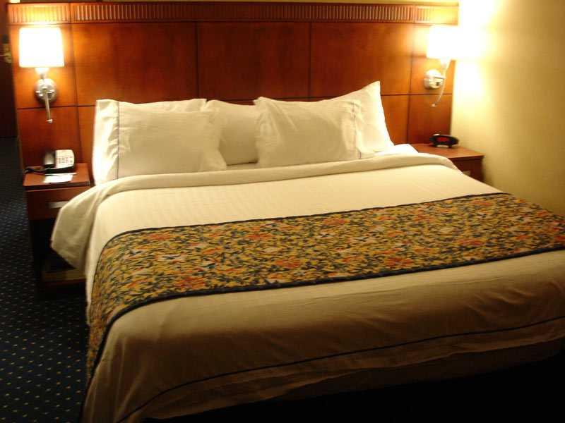 Бра для спальной комнаты