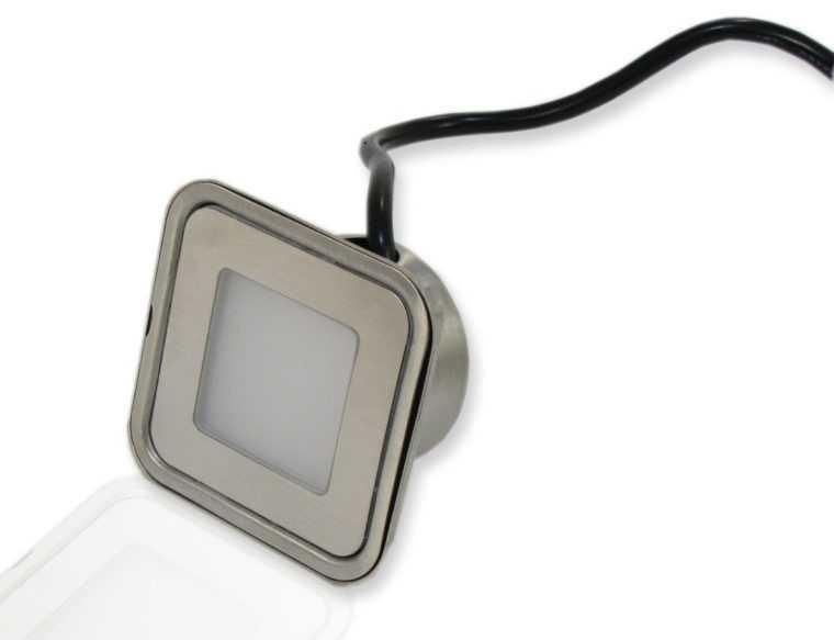 Точечный светильник с защитой IP 67 для ванной комнаты