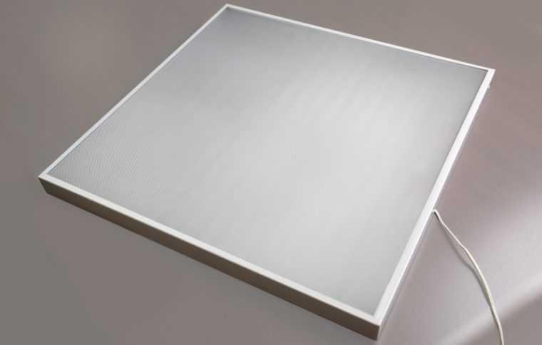 Светодиодный потолочный светильник Армстронг
