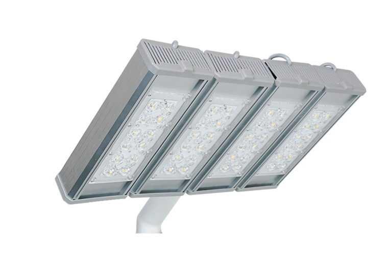 Консольный светодиодный светильник для освещения магистралей