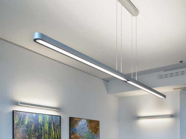 У люминесцентных светильников высокий КПД и долгий срок службы