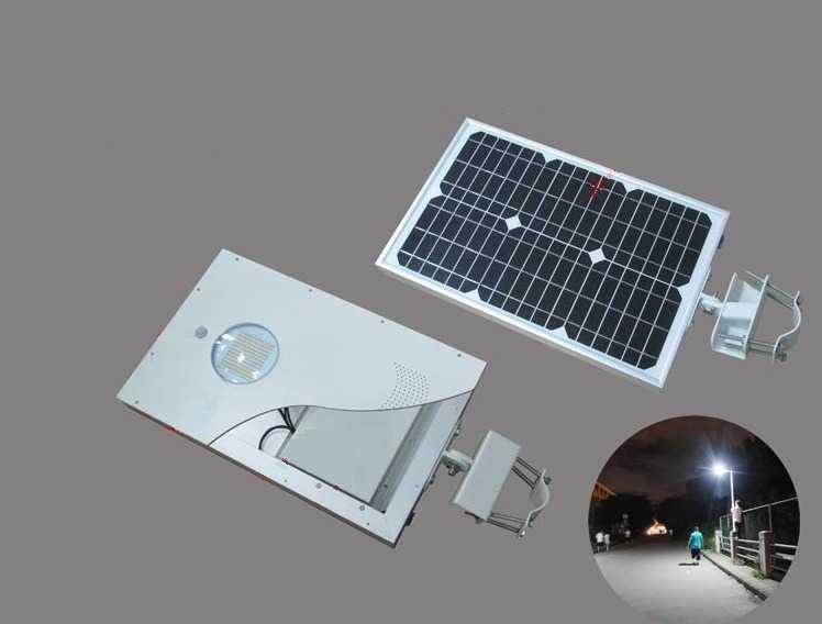 Мощность уличных фонарей на солнечной батарее сравнительно невелика