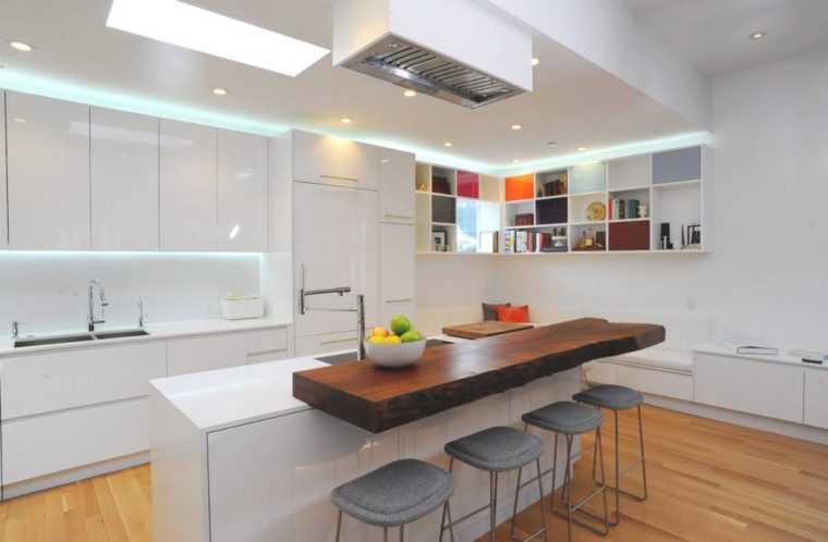 Потолочные светодиодные светильники на кухне