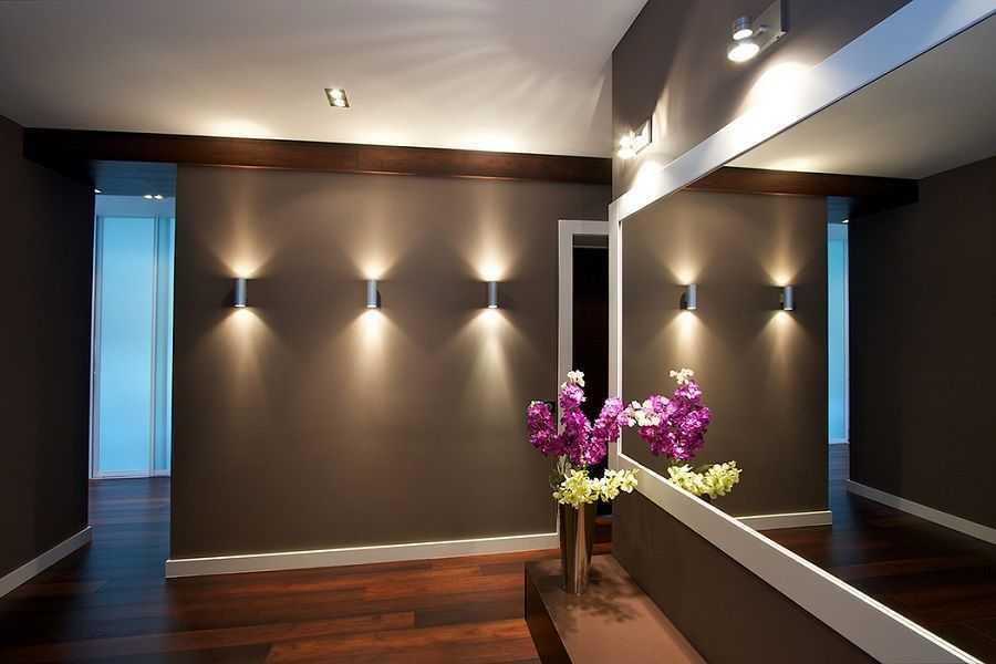Настенные светильники для прихожей в стиле Хай-Тек