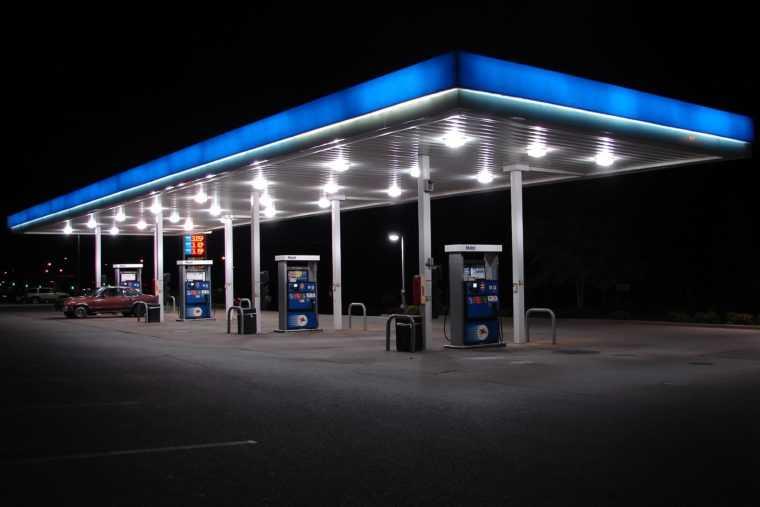 Светодиодное освещение автозаправочной станции