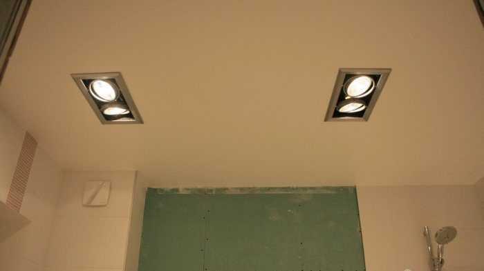 Карданные светильники позволяют изменять направление светового потока