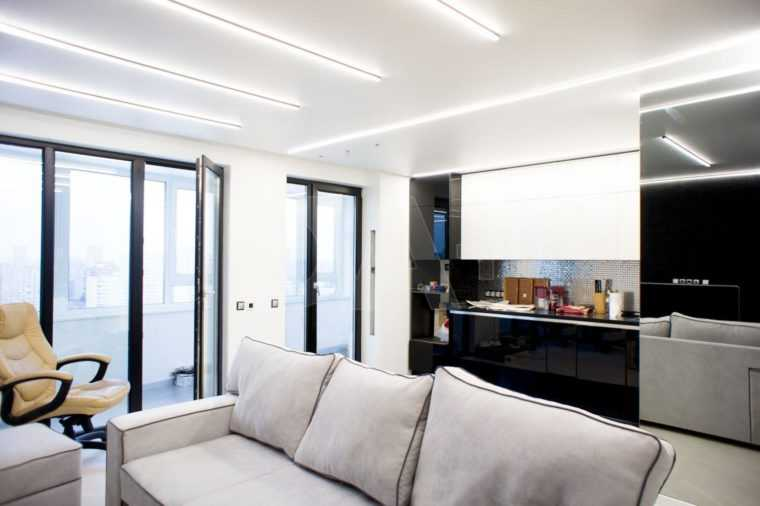 Линейные LED-светильники в интерьере квартиры