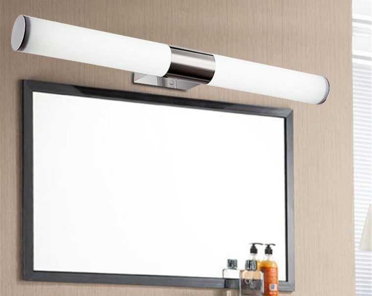 Настенный светильник для ванной со степенью защиты IP65