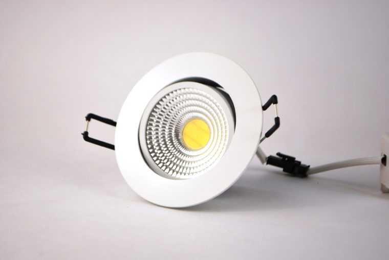 Поворотный встраиваемый светодиодный светильник FL-LED Consta