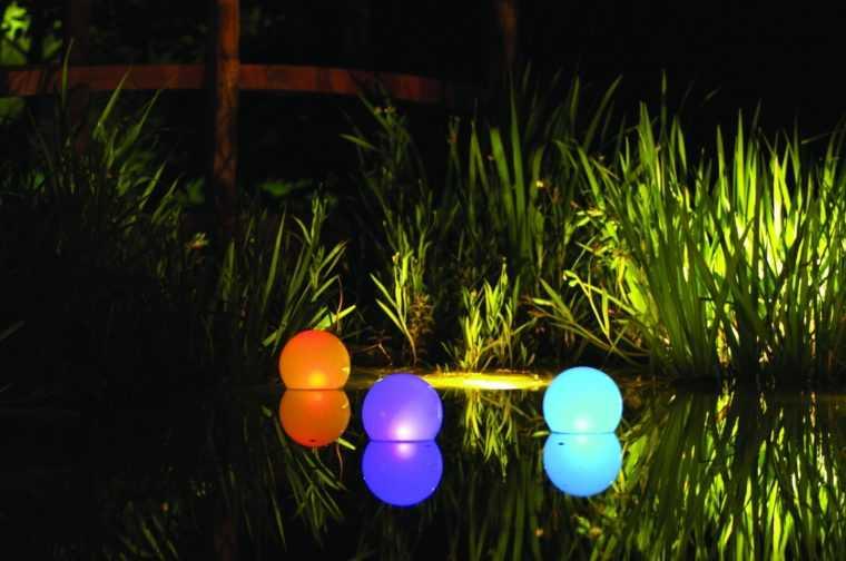 Плавающие дачные светильники