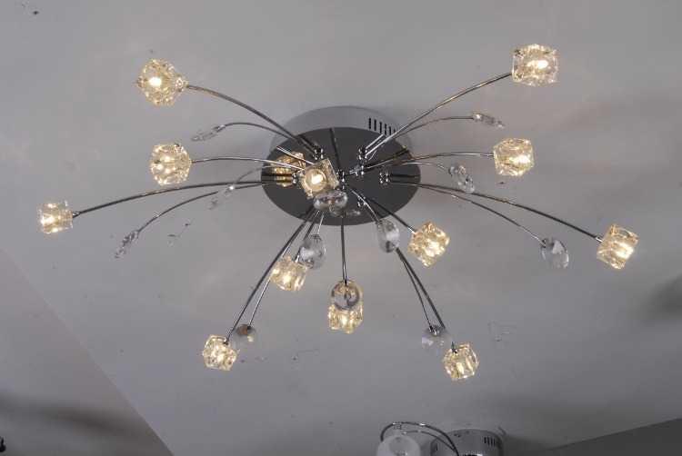 Галогенные лампы создают хороший уровень освещенности