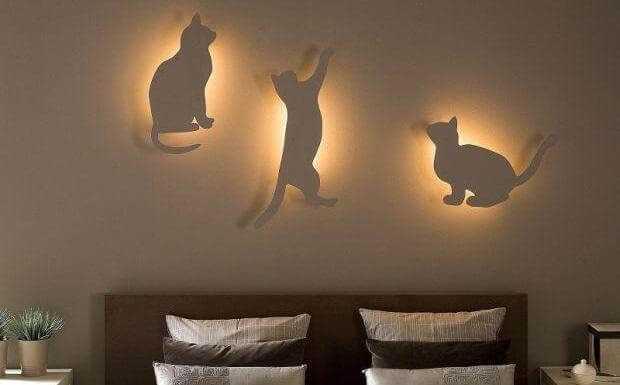 Уютный светильник в форме кошек