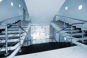 Изображение - Освещение двора многоквартирного дома podezdnoe_osveschenie-300x200