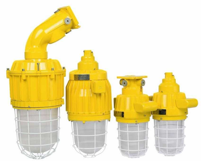 Светильники с защитой для опасных помещений
