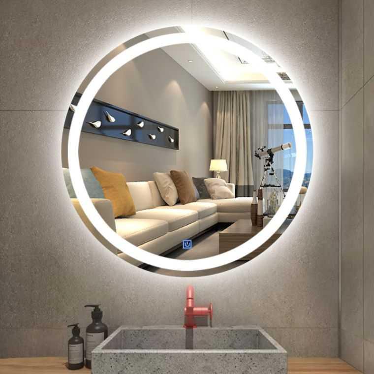 Круглое зеркало с подсветкой в интерьере